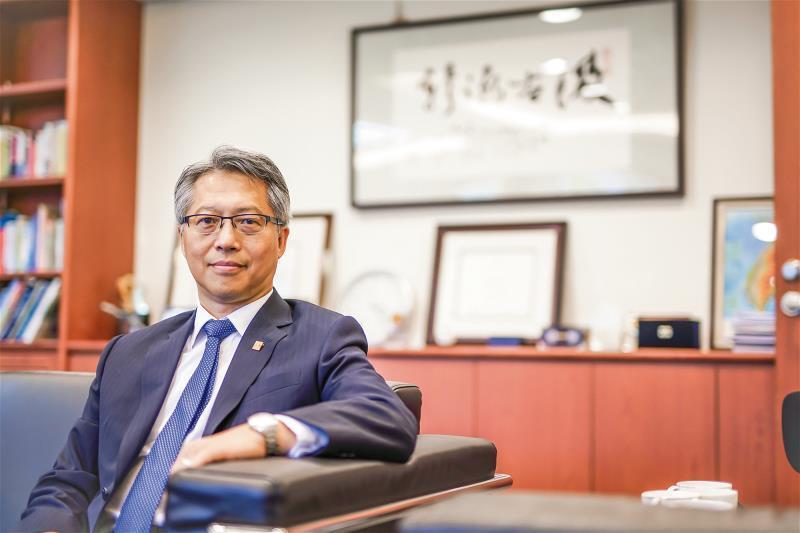 接下領導職不久的廖俊智,格外重視對外溝通,帶領中研院一步步走入民間。