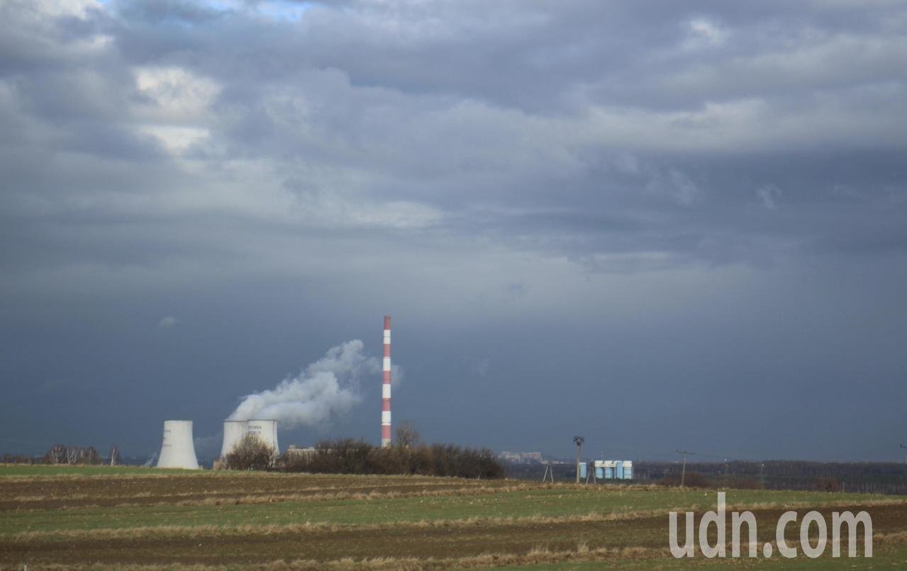 聯合國氣候峰會今年在波蘭卡托維治舉辦,當地多用燃煤發電,對空汙造成影響。記者吳姿...