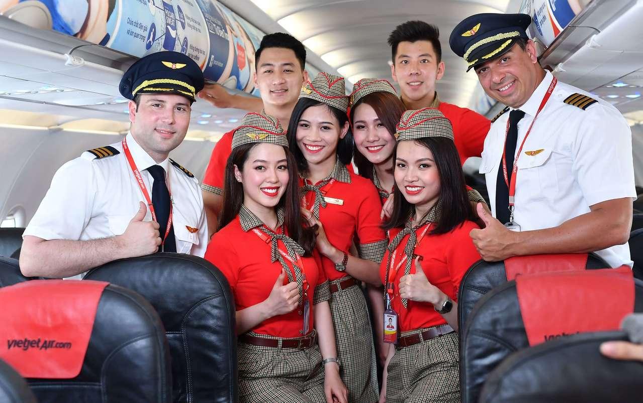越捷航空將於12月16日來台舉辦招募空服員活動,符合資格的台灣應徵者,將接受一系...