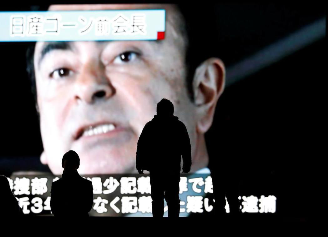 自2010年到2015年為止,高恩私下受領50億日圓(約新台幣13.8億)的有價...