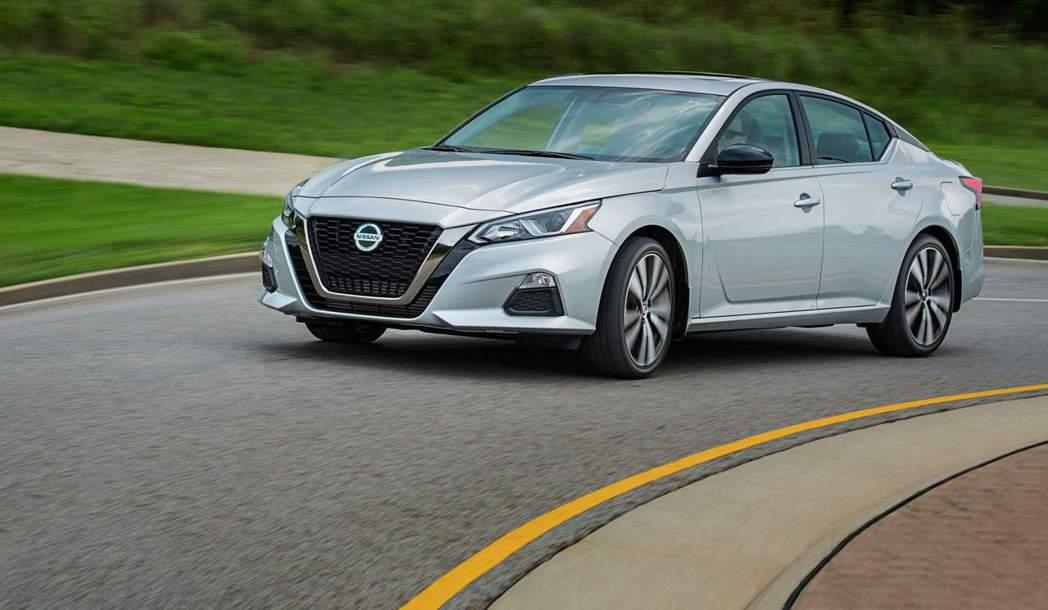 Nissan決定將加拿大的Altima全數標配AWD四輪傳動系統。 摘自Niss...
