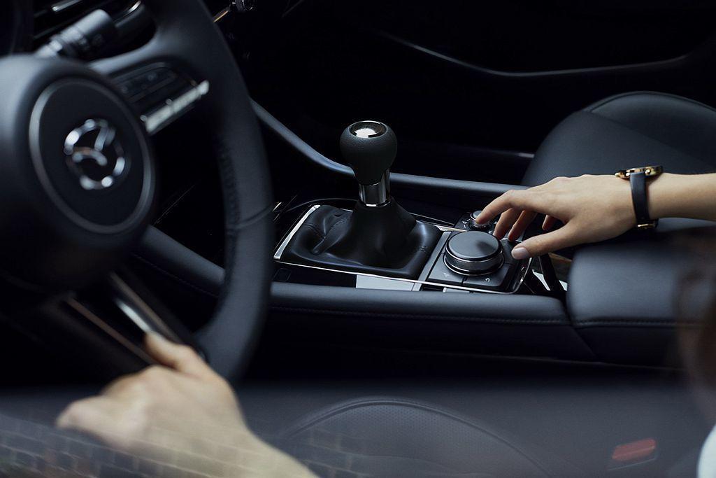 美規車型除提供SKYACTIV-G 2.5、SKYACTIV-X 2.0兩種動力...