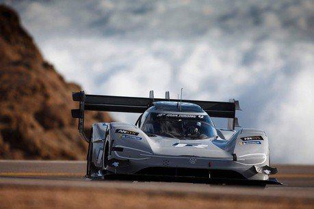VW電動賽車挑戰紐柏林最速紀錄? 模擬測試已跑進6分內!