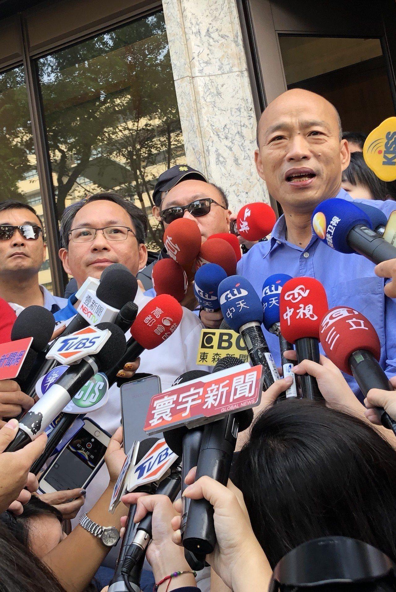 準高雄市長韓國瑜出面,呼籲台灣人要愛惜吳寶春