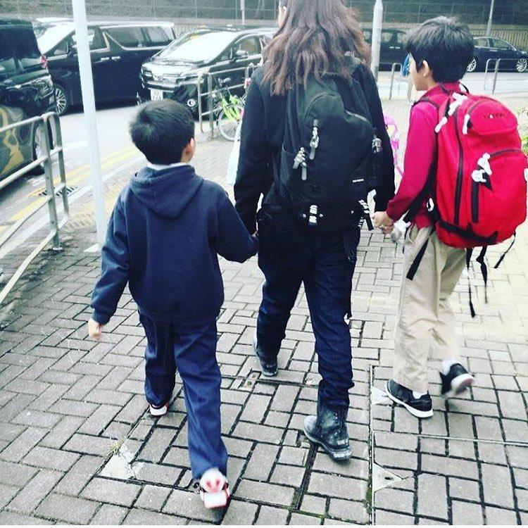 張柏芝細心教養兩個兒子,「好媽媽」形象深植人心。圖/摘自Instagram