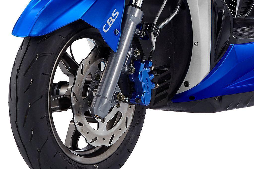 CBS前後連動煞車系統,可同時連動前/後煞車,使車輛更穩定並縮短煞車距離,減少後輪因為快速減速而鎖死的狀況。 圖/Pgo提供