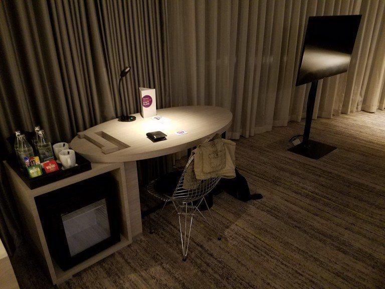 還有書桌與電視 圖文來自於:TripPlus