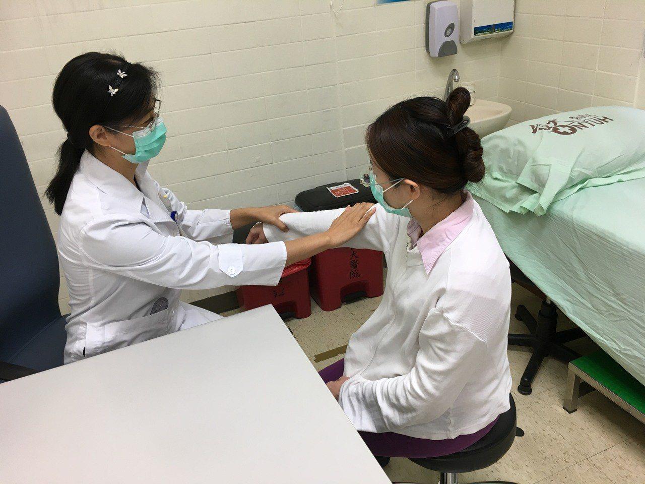 職業醫學科醫療團隊可協助雇主及受雇者做工作適性評估。圖/醫院提供