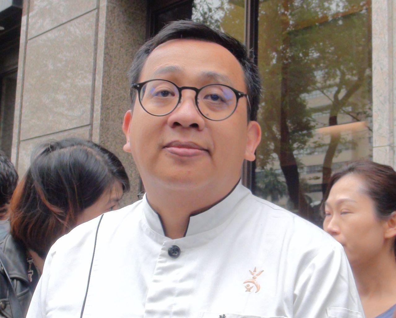 歸零學習 吳寶春高雄店經理曝19年資歷入店也領26k