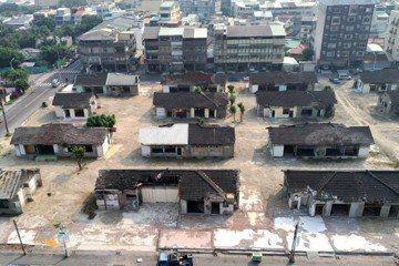 2017年被清完所有房舍以外建物等待審議的得勝新村。 圖/葉慶元提供