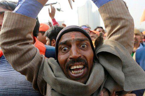 「把神廟蓋回來!」位於印度北方邦的古城阿約提亞(Ayodhya),每年的12月6...
