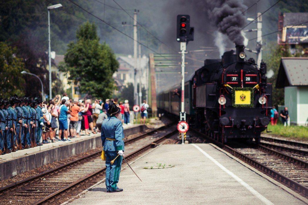 如今,德奧兩國之間的「糾葛」——德國人面對奧地利人時的天真一廂情願、奧地利人面對...