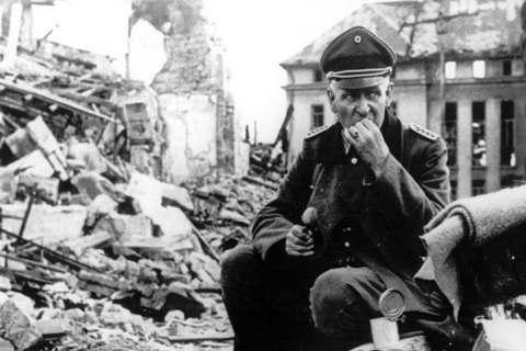戰爭進入1944年,德國的敗相已十分明顯,奧地利人反納粹、與德國人劃清界線的舉動...