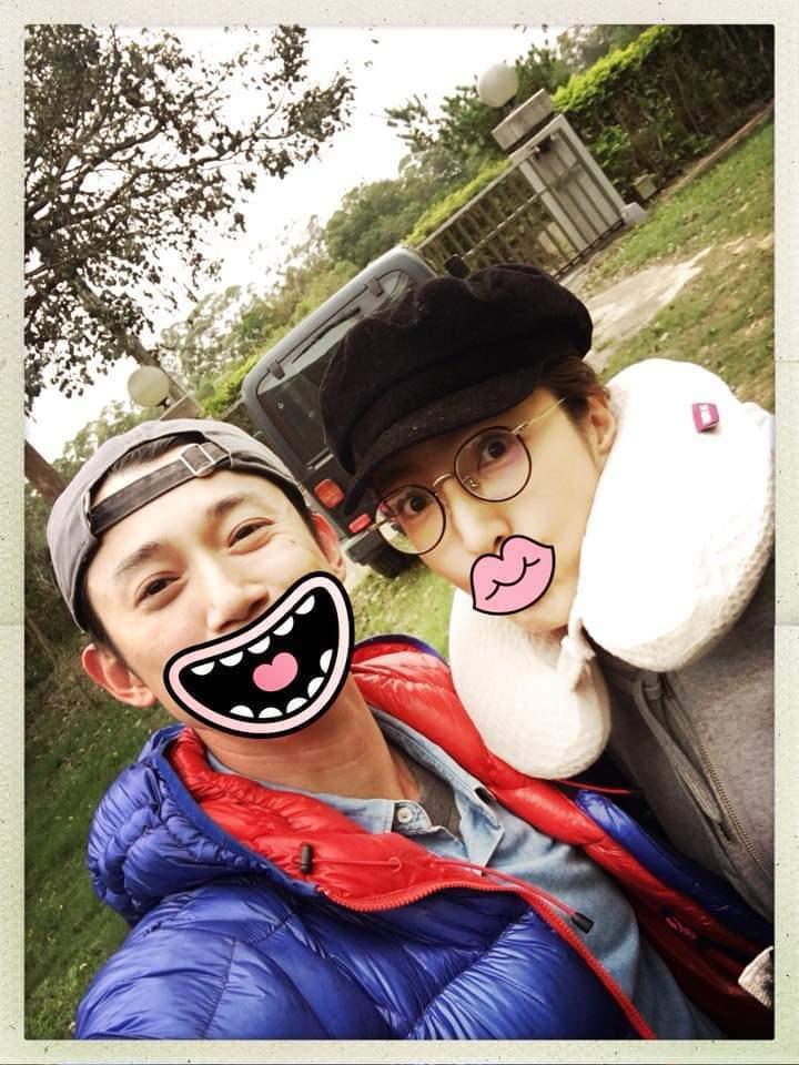 楊謹華(右)與吳慷仁合作「一把青」變好友。圖/摘自臉書