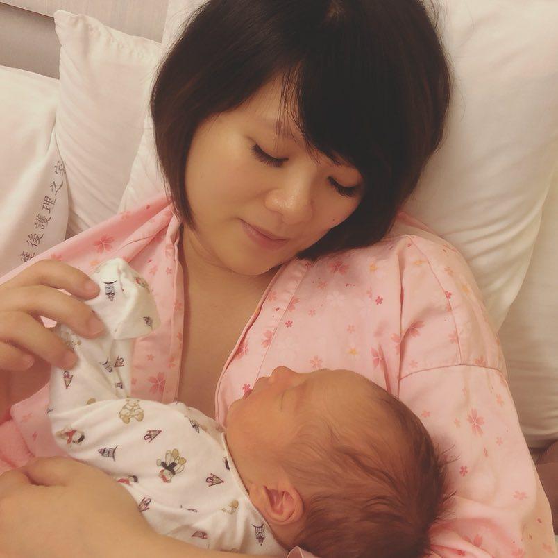 「蘇打綠」的貝斯手馨儀馨儀順利產子。圖/摘自IG