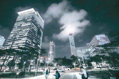 台北當代藝術博覽會是嶄新的世界級藝術博覽會,匯聚來自全球各地的頂尖畫廊前來台灣共...