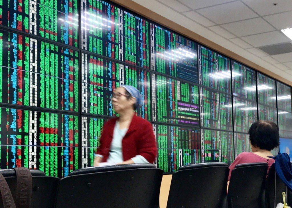 證交所表示,本週加權股價指數上漲13.28點,漲幅約0.14%。聯合報系資料照