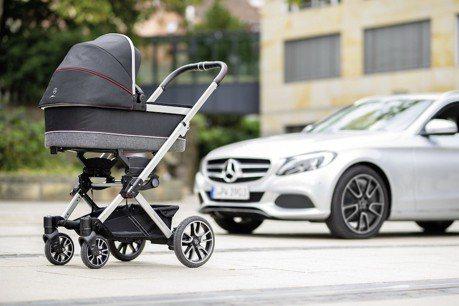 這嬰兒推車的輪圈好熟悉啊 原來是AMG專屬打造!