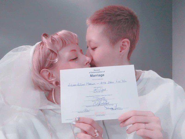 吳卓林(右)和Andi(左)結婚惹出許多風波。圖/摘自IG