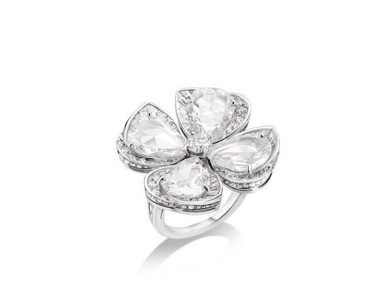 BVLGARI Fiorever系列頂級鑽石戒指,價格店洽。圖/寶格麗提供