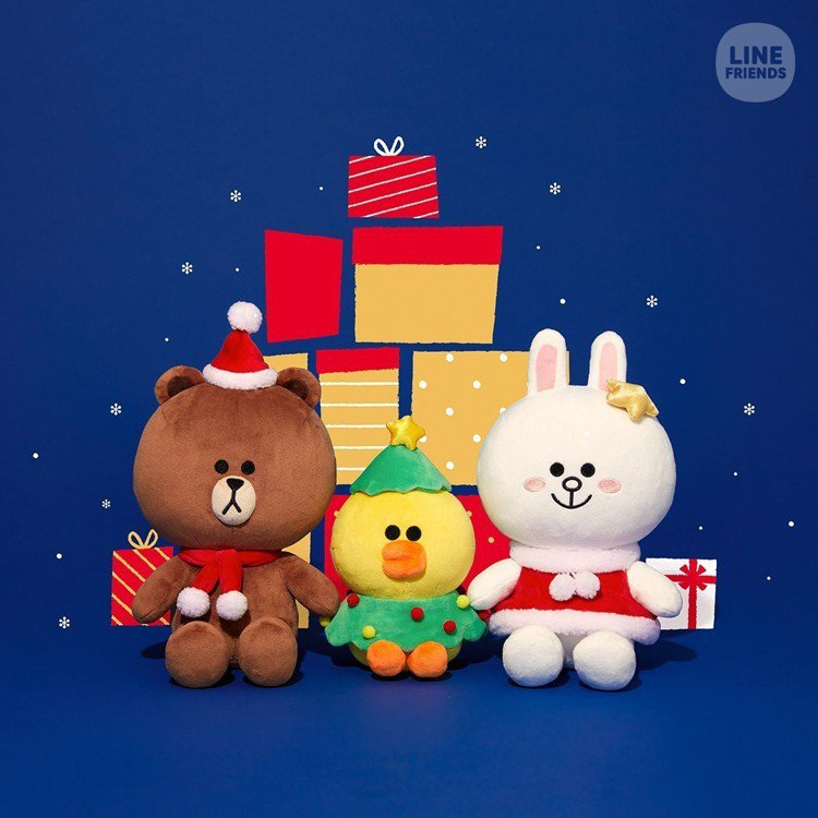 LINE FRIENDS耶誕限定絨毛玩偶,售價850~900元。圖/LINE提供