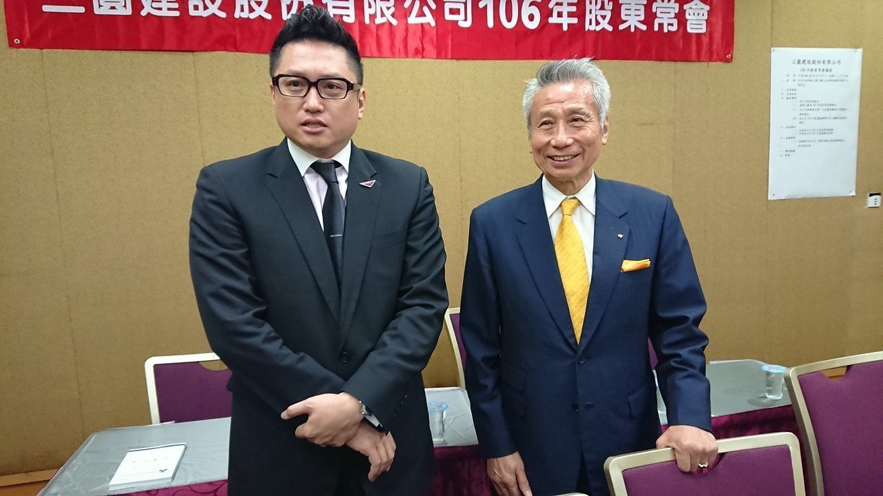 有意參選大同經營權的市場派代表-三圓機構董事長王光祥(右)抨擊「百年企業大同集團...
