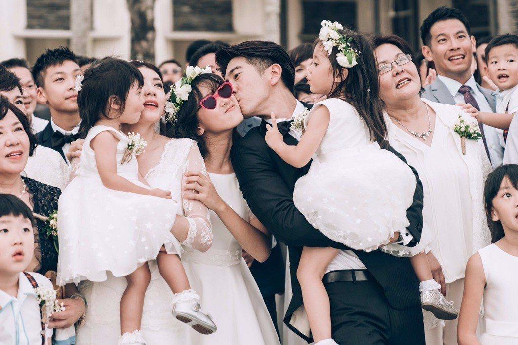 賈靜雯、修杰楷峇里島婚禮,梧桐妹是幕後推手。圖/齊點娛樂有限公司、小小姑娘工作室