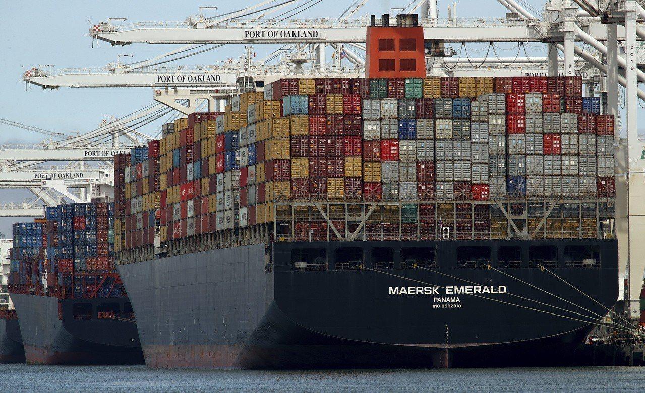 川普孤獨,貿易戰獲盟國支持。 世界日報記者趙元良