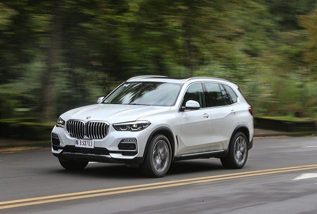 全新BMW X5動力表現相當充裕。 記者胡經周/攝影