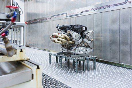 影/Aston Martin搶先發表Valkyrie V12引擎!馬力高達1,000匹