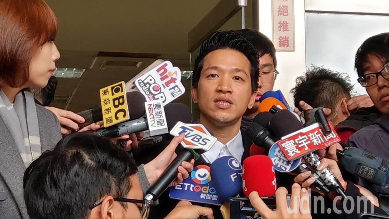 台北市立委補選登記昨截止,民進黨徵召市議員何志偉參選。記者楊正海/攝影