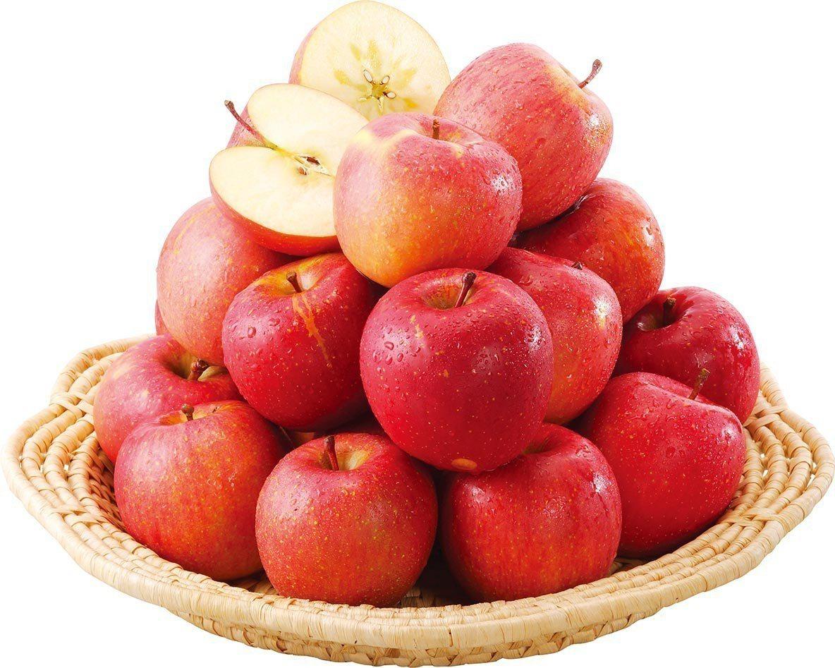 家樂福於日本青森縣合作引進多達10款的青森蘋果。圖/家樂福提供