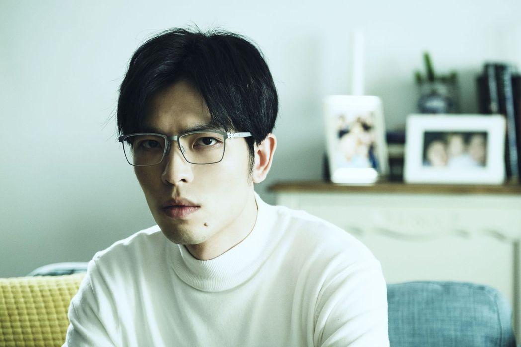 蕭敬騰在「魂囚西門」戲中飾演一名心理師。圖/公視提供