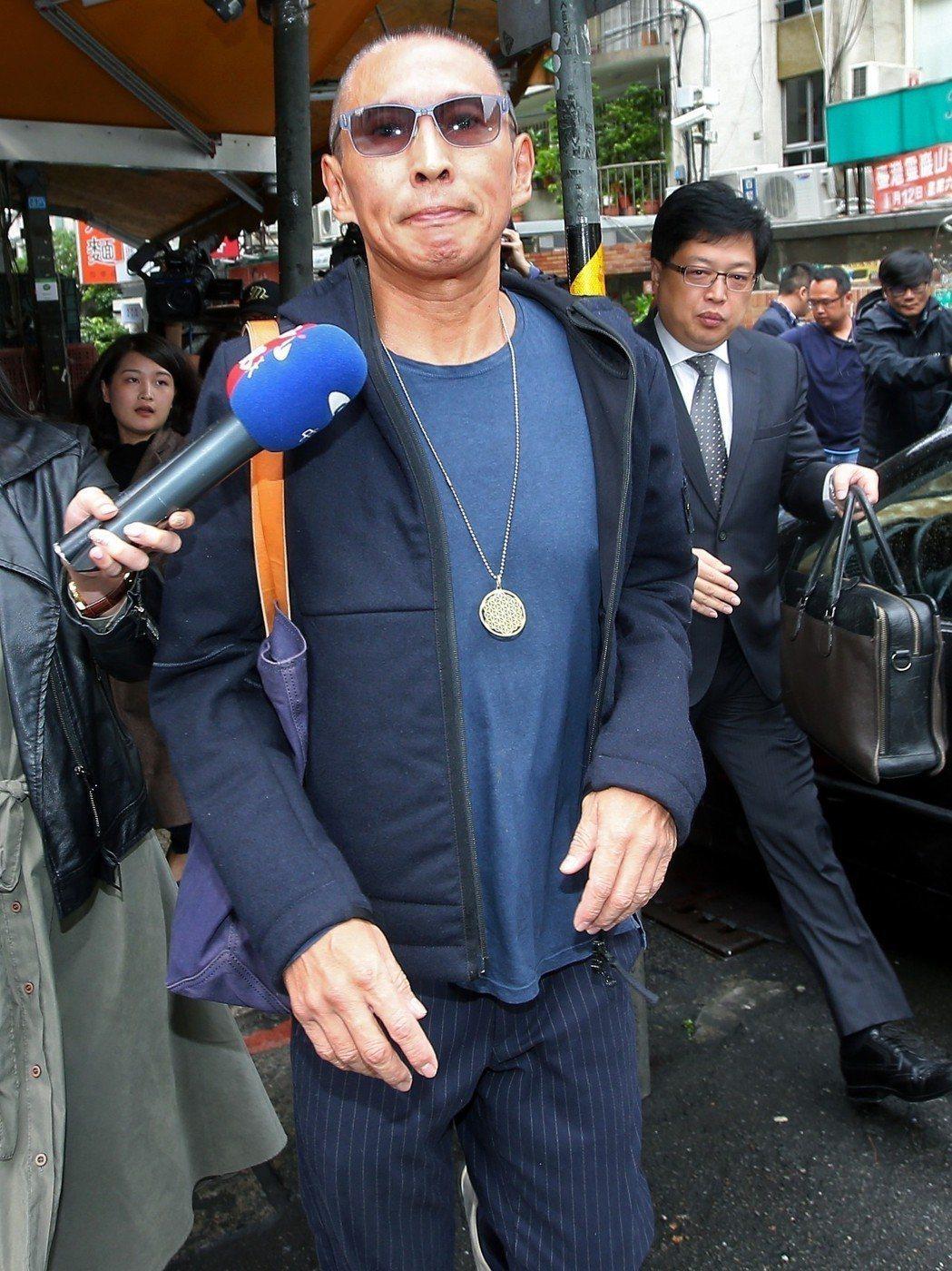 鈕承澤先前赴台北地檢署出庭應訊,已裁定150萬元交保,但被限制出境。記者葉信菉/