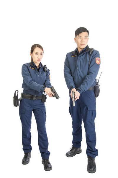 全國七萬警察預定明年三月統一換裝新式警察制服。圖/警政署提供
