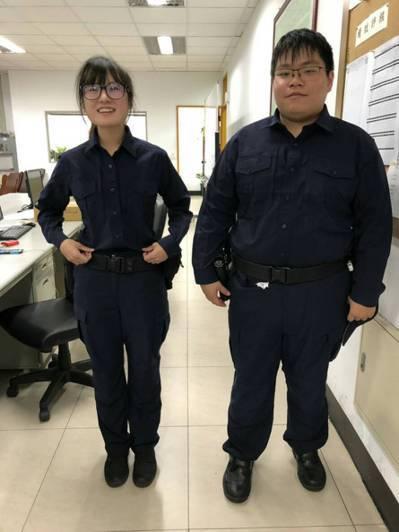 警察新制服陸續發放,已有員警試穿拍照留影。圖/警政署提供