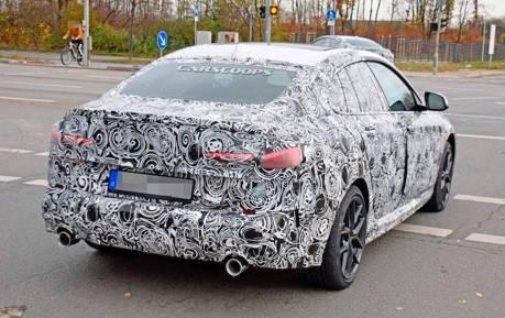 BMW 2-Series Gran Coupe測試車首次現身 藏在偽裝下的已是完成體