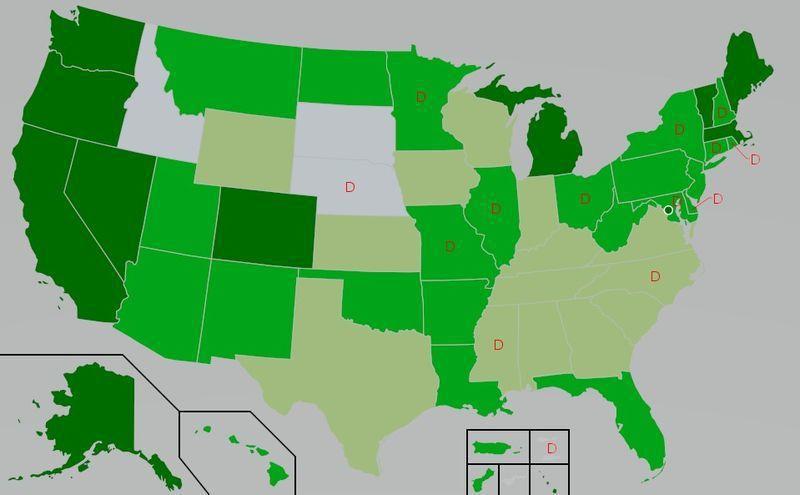 圖一:美國各州大麻法律的差異。其中深綠 代表合法;綠色    代表醫療用合法;淺綠 代表醫療用合法,但THC含量受限,灰色 代表任何用途均非法;紅色D代表除罪化。