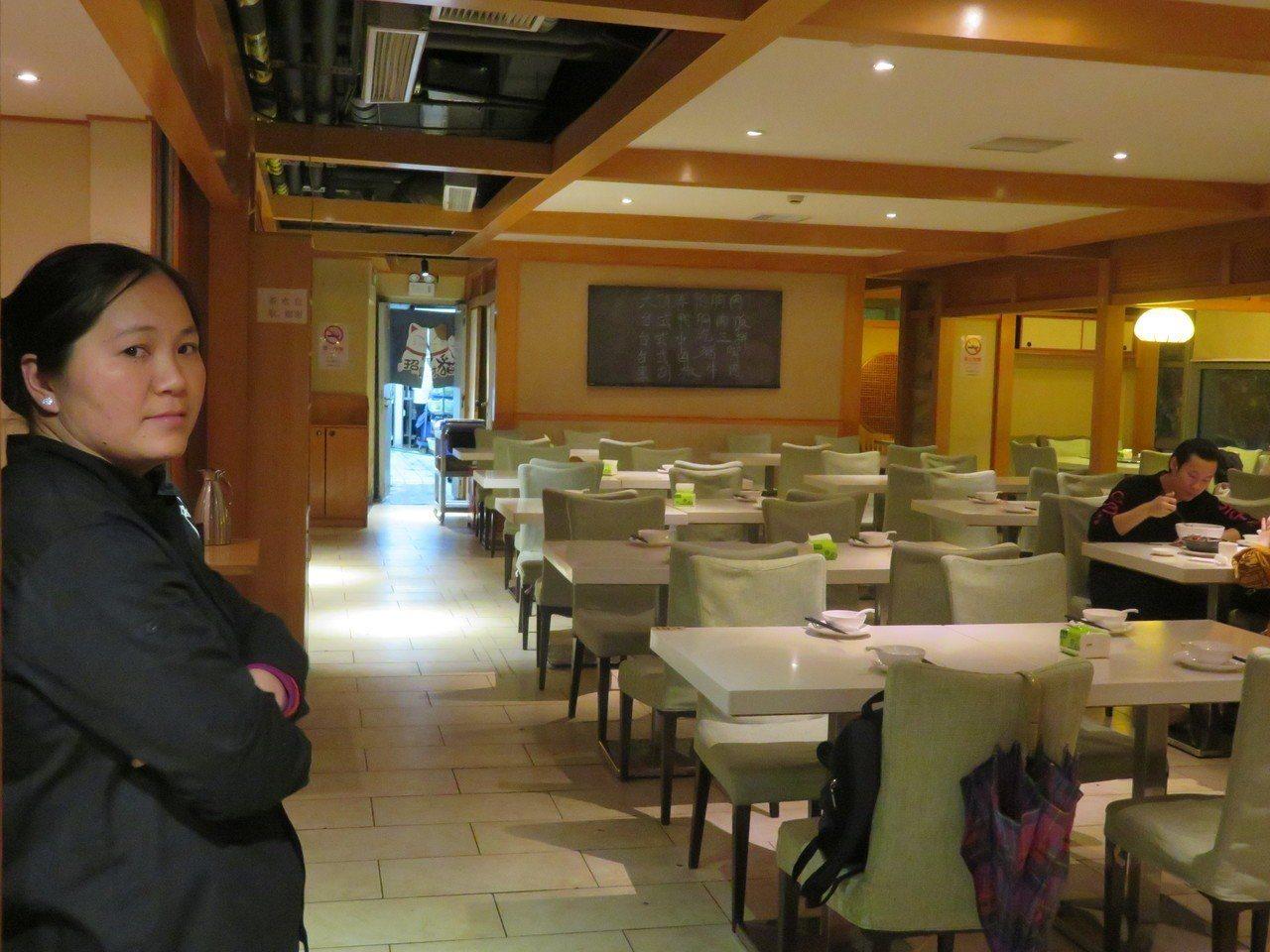 千秋膳房目前僅剩常熟路店在員工自力救濟下仍有營業,但15日晚上用餐時間,店內生意...
