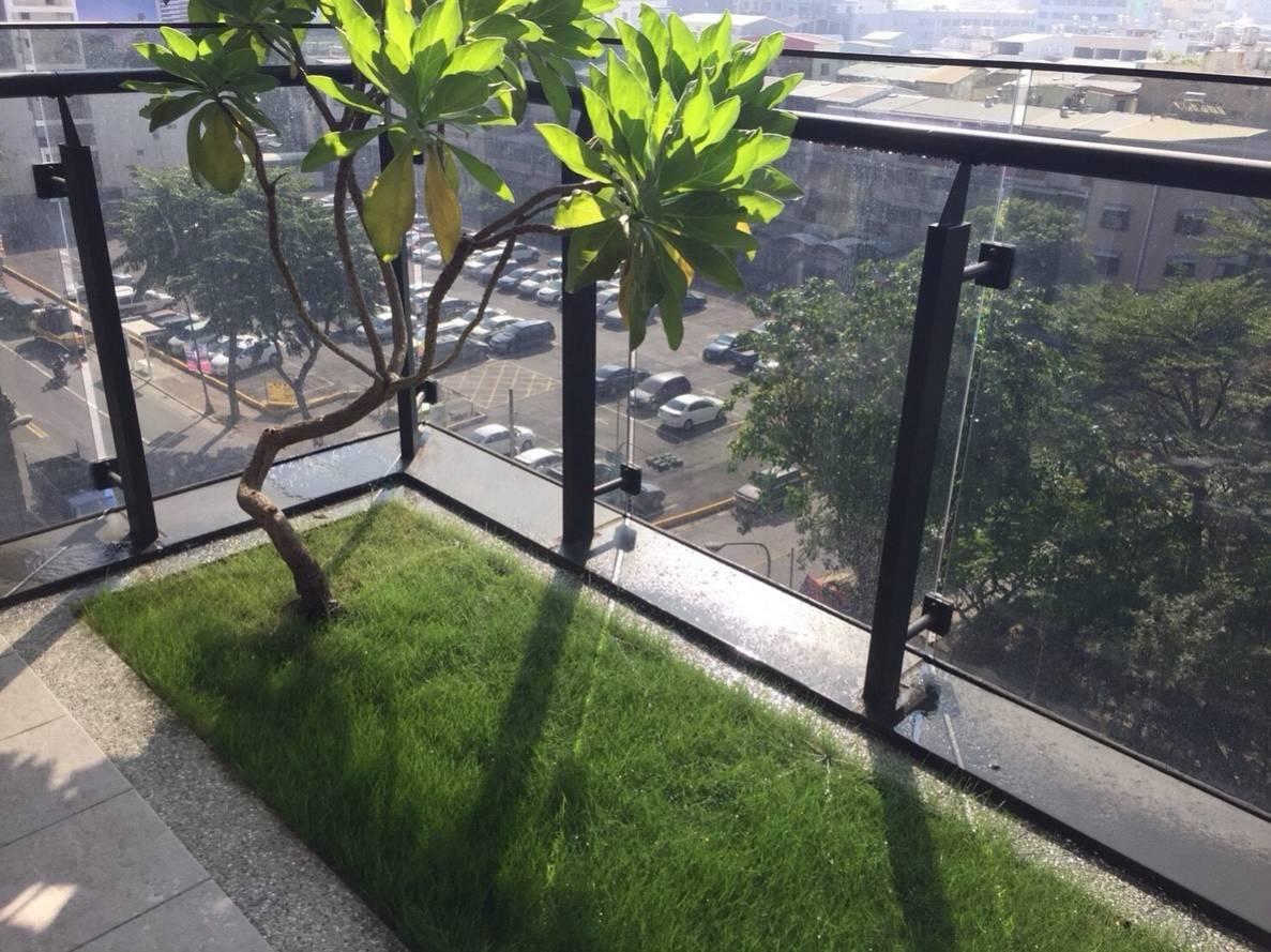 增加陽台的綠化空間也是高雄厝的特色之一。圖/高雄市工務局提供
