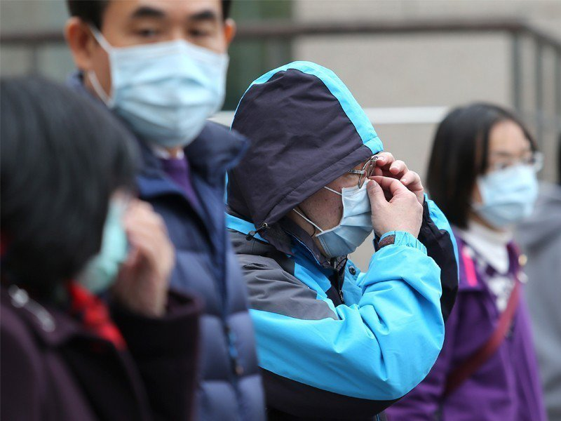 環保署提醒,來自中國大陸的霾害將於17日凌晨起影響我國空氣品質,傍晚中南部局部地...