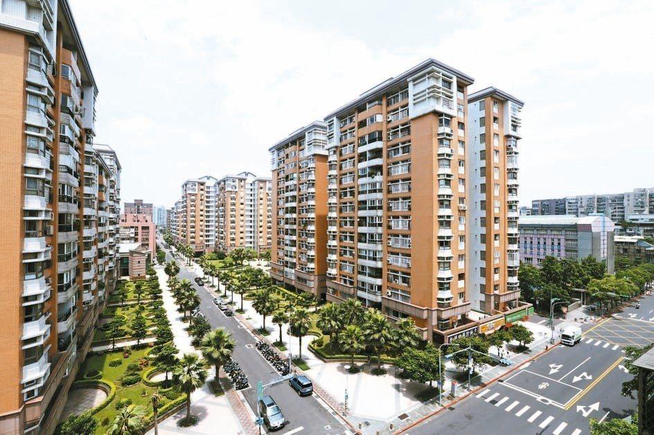 內政部明年社會住宅包租代管,將有5,000戶保留給租賃公會,讓小業者也有機會受益...