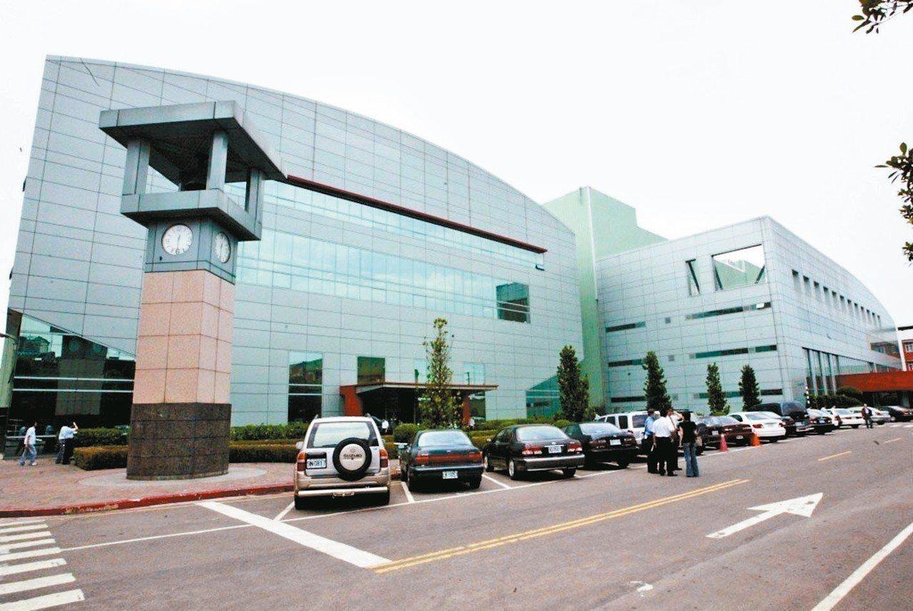 面板廠華映傳出位於桃園龍潭、楊梅廠區無預警停工。 報系資料照