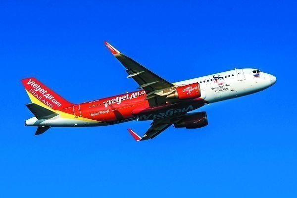 推動中進中出,越捷航空目前是台中國際機場班次最多的外籍航空公司,11月起增闢台中...