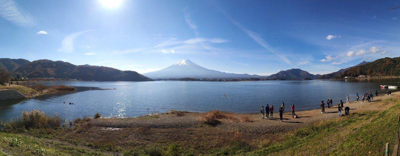 ▲富士山day tour景點-河口湖。(圖/Tripbaa趣吧!亞洲自由行專家)