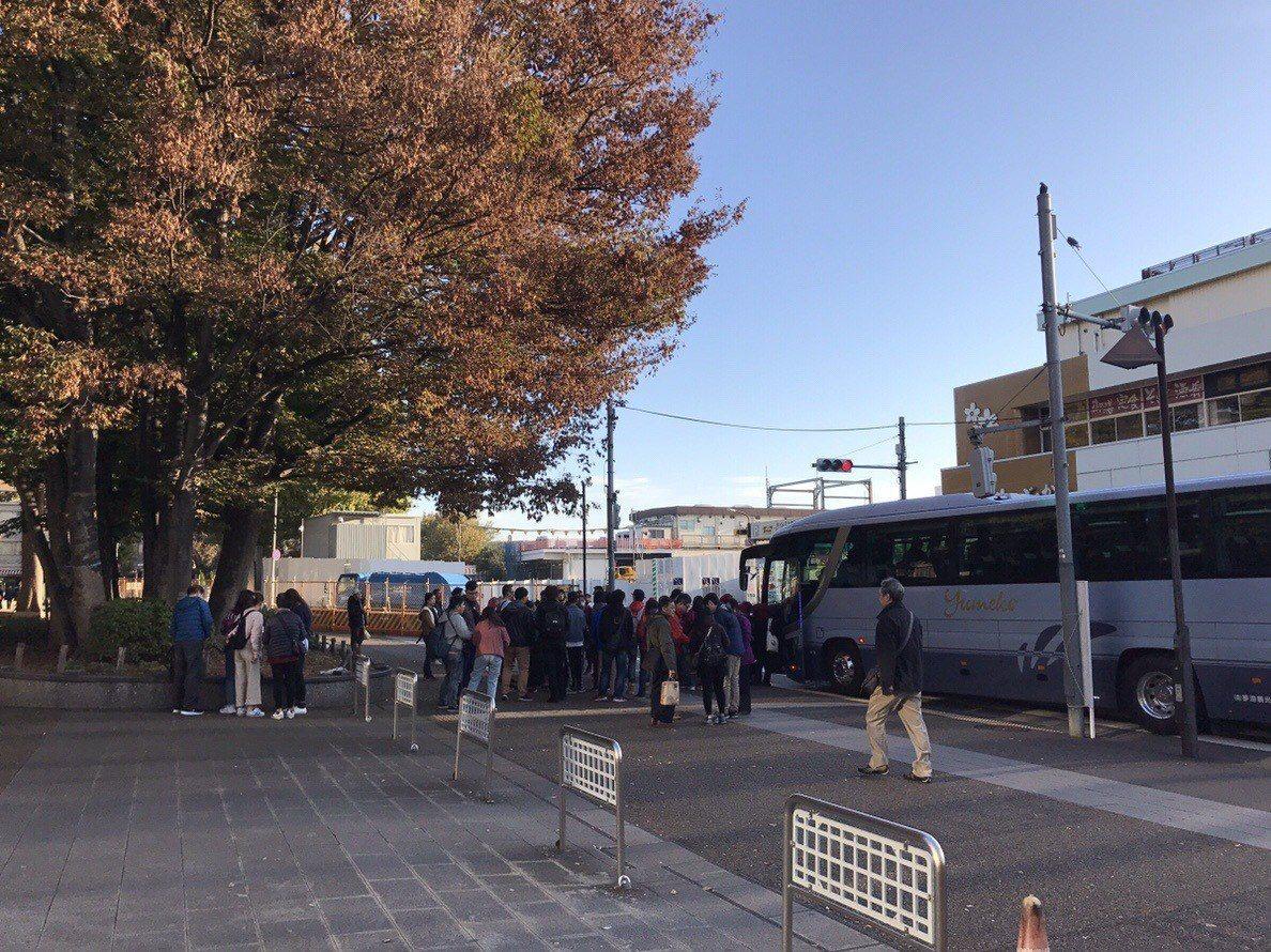 ▲富士山day tour-巴士接送服務 。(圖/Tripbaa趣吧!亞洲自由行專...