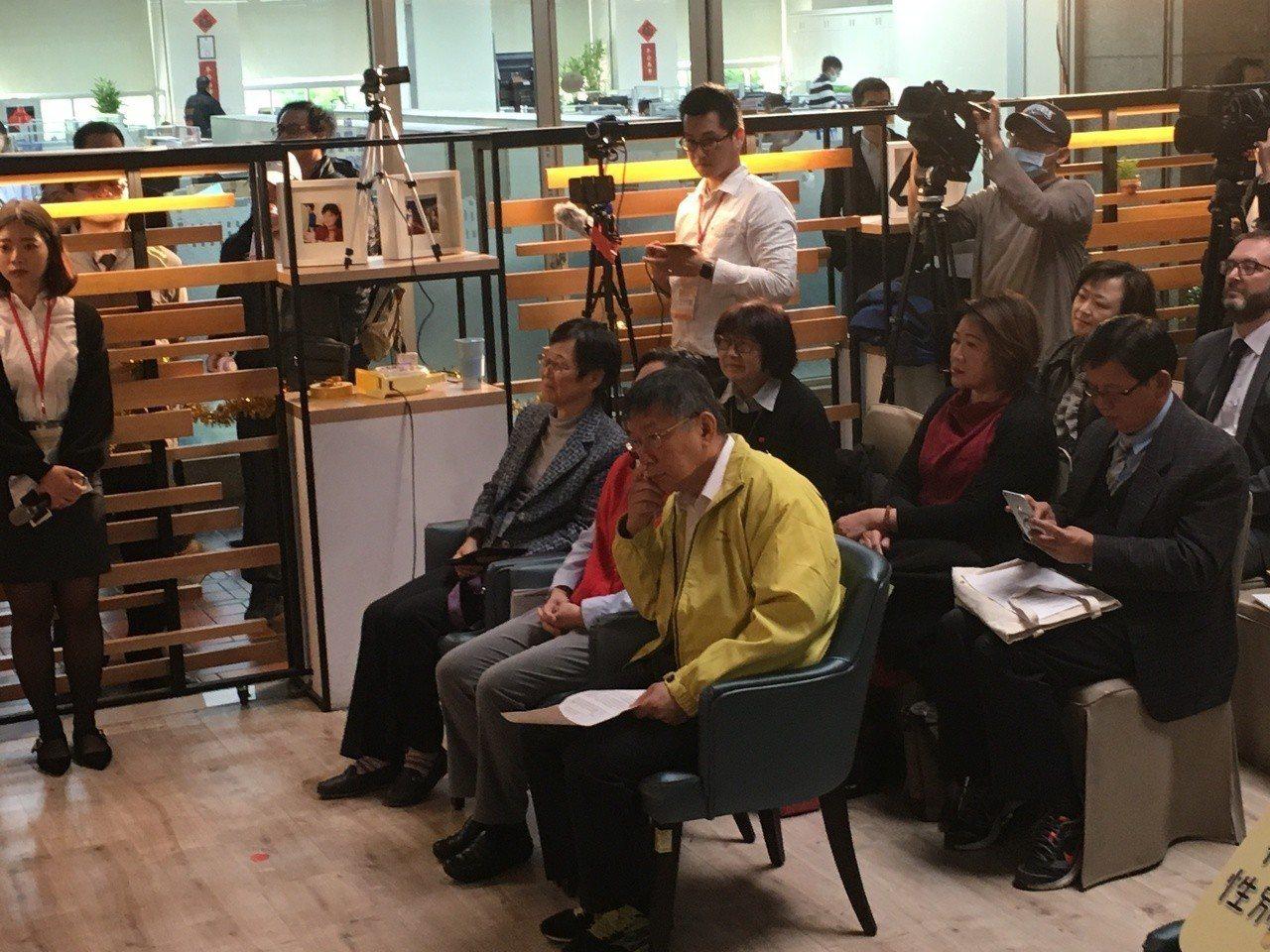 台北市長柯文哲今早出席「職場性別平等指標公布」記者會。記者張世杰/攝影