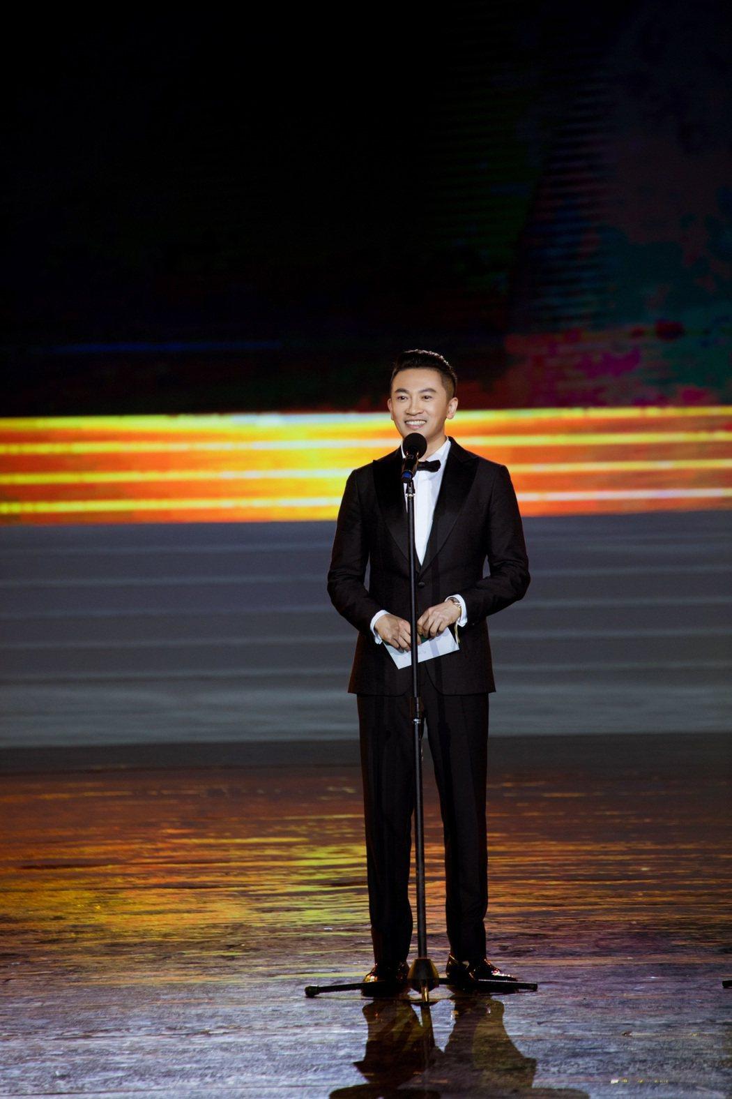 蘇有朋16日出席第一屆海南島國際電影節擔任頒獎嘉賓。圖/明悅整合行銷提供