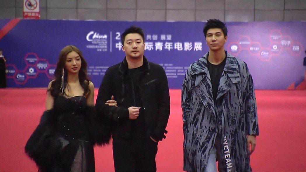 演員安于晴(左)、余科宏(右)受邀參加國際中青影展獲得好成績。圖/海王天璽提供