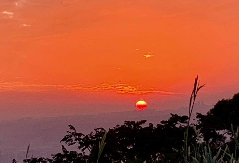 火燒雲。圖╱楊湘鈞提供